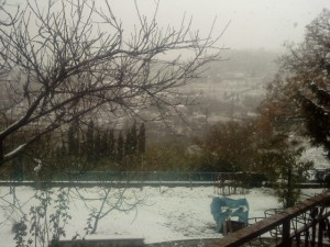 Neve Montegiovi