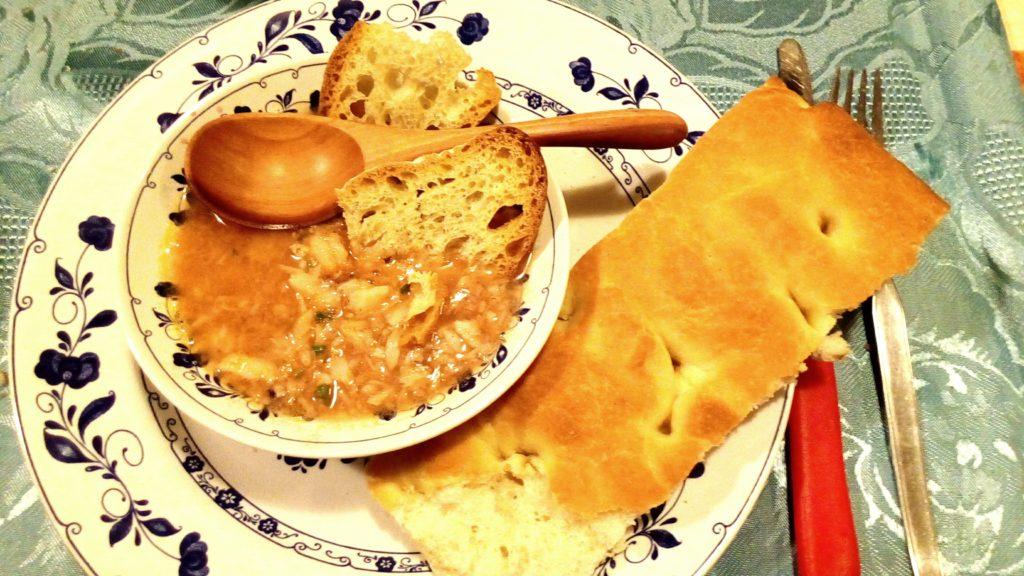 focaccia-genovese-zuppa-pesce